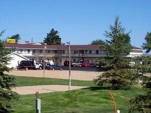 L Motel & RV Park