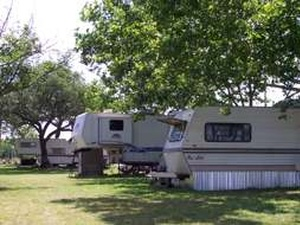 Buchanan Lake RV Park - Tow TX