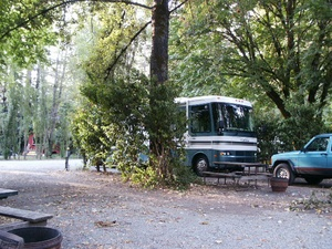 Giant Redwoods RV & Camp - Myers Flat CA
