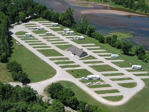 Denton Ferry RV Park - Cotter AR