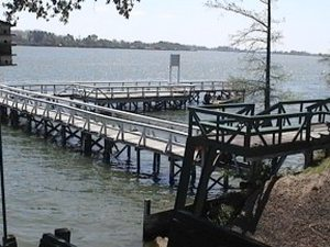Shiloh Lake Bruin Resort