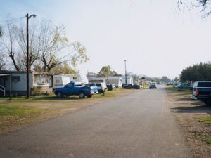 Travelers Paradise RV Park - Bay City TX