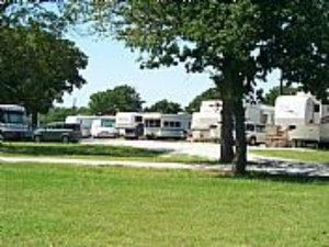Bay Colony RV Resort - Dickinson TX