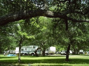 Shady Oaks RV Resort - Ganado TX
