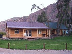 Winkelman Cabins & RV Park