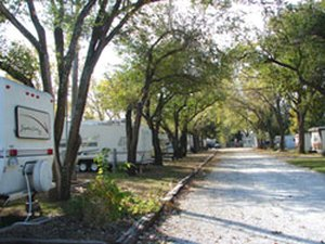 Deer Grove RV Park - El Dorado KS