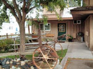 Mtn. View Holiday Trav-L-Park - Baker City OR
