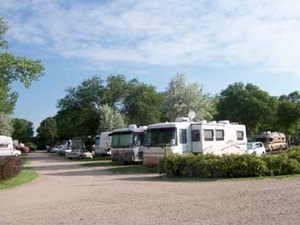 Holiday Park Camping Resort - North Platte NE