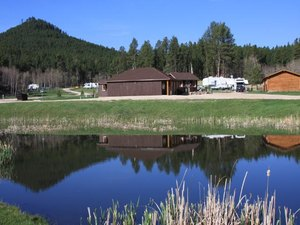 Custers Gulch RV Park - Custer SD
