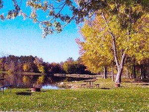 Pine Lakes Resort - Pittsfield IL