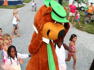 Yogi Bears Jellystone Park   Indiana Beach - Monticello IN