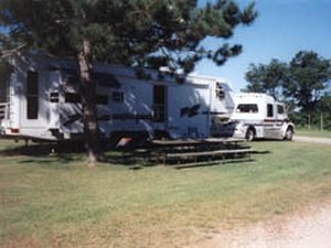 Country Roads Motorhome & RV Park - Lake Delton WI